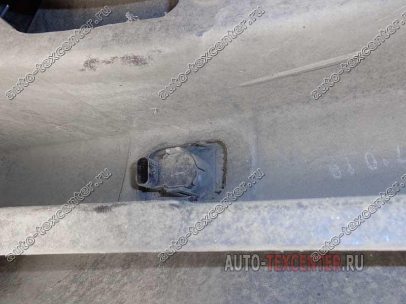 Замена датчика парктроника Kia Sportage SL (2)