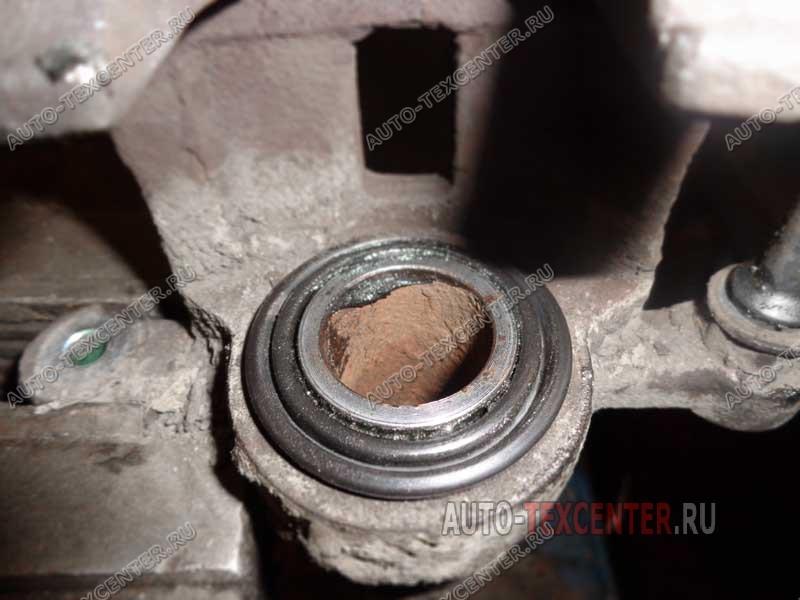замена пыльника тормозного цилиндра Киа Спортейдж