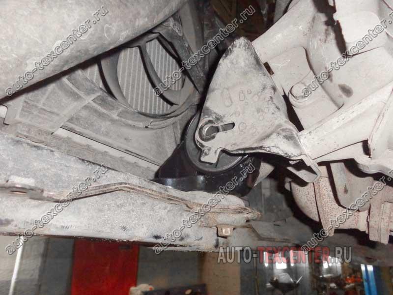 замена подушки двигателя Киа Церато