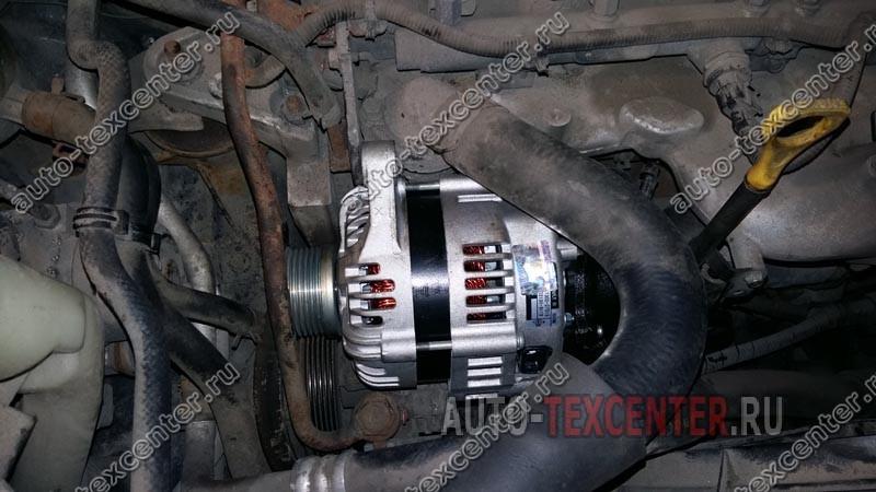 Замена генератора Kia Sportage KM (3)