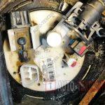 Замена топливного фильтра Kia Opitma 1