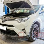 Замена масла в двигателе Toyota